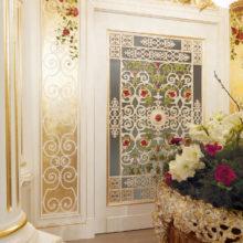 Domus Aurea - ROS BOISERIE - Particolare pannello intagliato e decorato ingresso