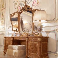 Domus Aurea - CHARM BOISERIE - Toilette intagliata in legno massello, Specchiera intagliata in massello di tiglio