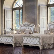 Timeless - Luxury Nights - Armadio. sedia, panchetta, letto singolo, comodino, scrittoio