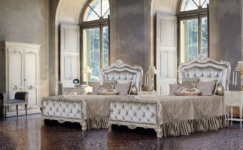 Timeless - Luxury Nights - Armadio. sedia, panchetta, letto singolo, comodino, scrittoio